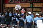 police06.jpg